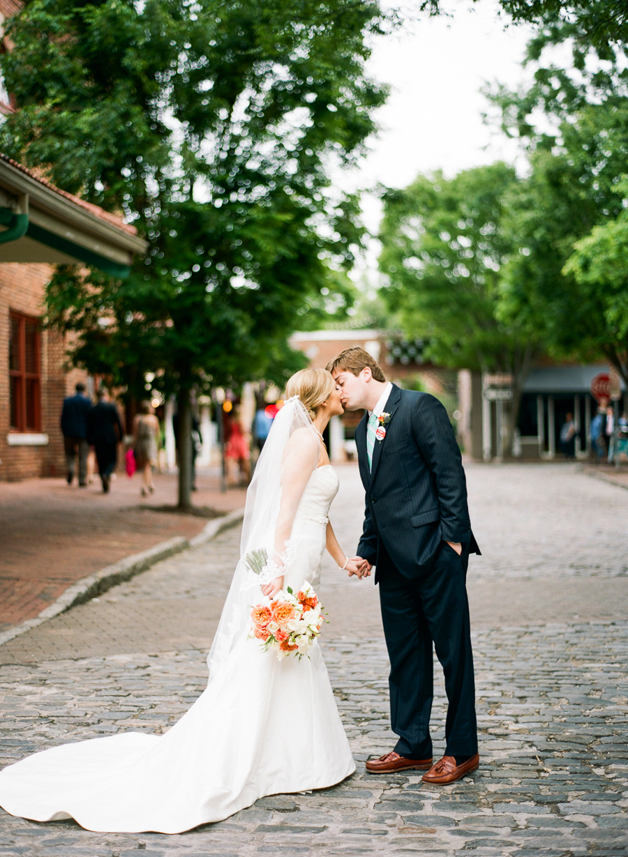 downtown-raleigh-wedding-17